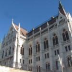 Parlament Seite