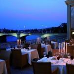 Grand Hotel Les Trois Rois Terrasse Restaurant