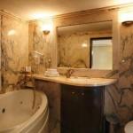 Hotel Restaurant Hebros - Badezimmer