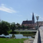 Brücke im Juni