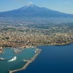 Vulkan Ätna und Catania Stadt