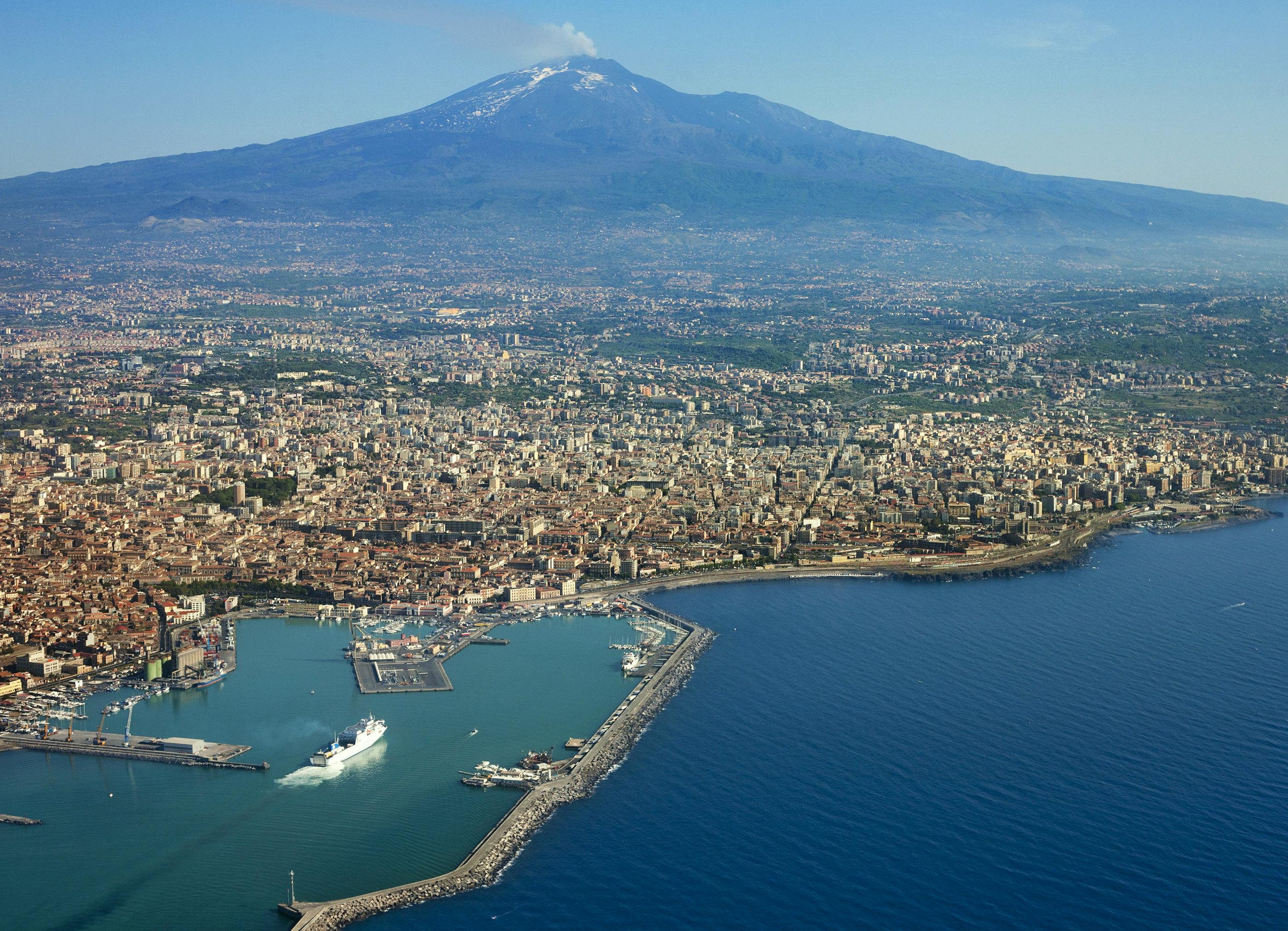 Catania sehensw rdigkeiten und fotos bilder von attraktionen for Dans italien