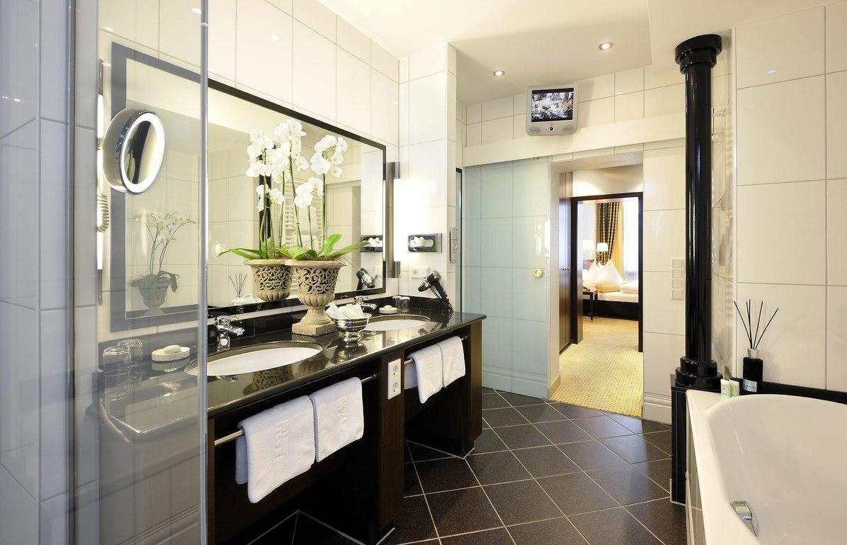 Kastens Hotel Luisenhof Superior Badezimmer - Unterkunft ...