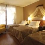 Saint John Hotel  Dreibettzimmer