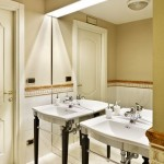 Hotel Continentale Badezimmer