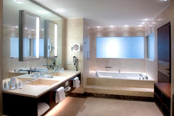 Iris Porsche Hotel Restaurant - Badezimmer - Unterkunft ...