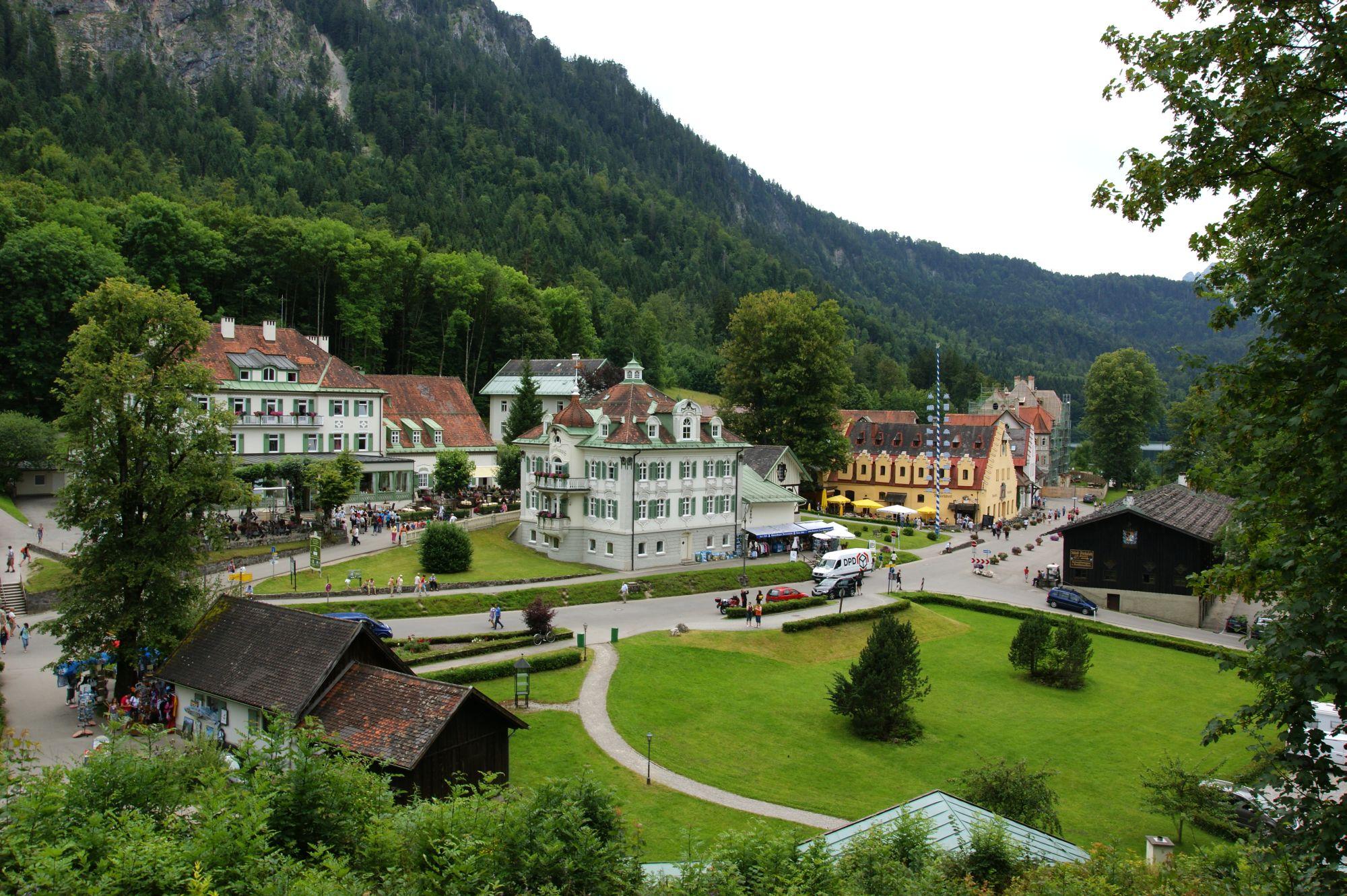 Schloss Neuschwanstein, Schwangau Hotels, Reise Bayerische ...
