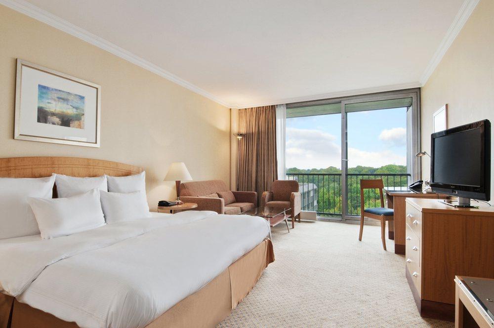 Hotel  Stunden Check In Munchen
