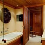 The Alpina Hotel Gstaad Luxus Badezimmer