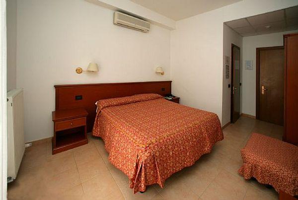 camogli hotelbuchung und hotelreservierung. Black Bedroom Furniture Sets. Home Design Ideas