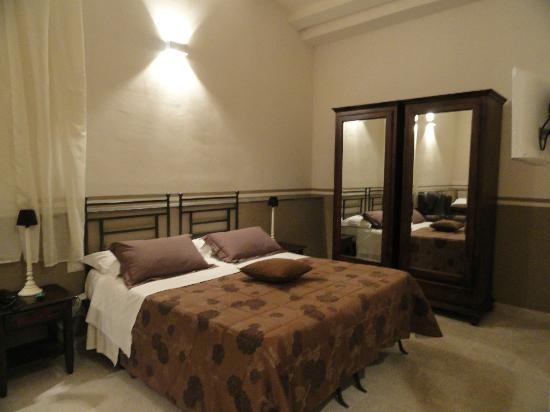 warum trapani hotelreservierung reiseblog urlaub forum in sizilien. Black Bedroom Furniture Sets. Home Design Ideas