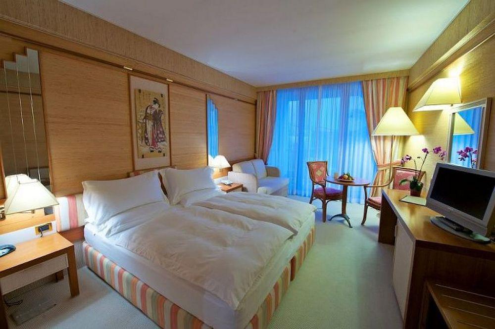 limone sul garda hotelreservierung camping und zimmer buchung. Black Bedroom Furniture Sets. Home Design Ideas
