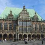 Das Rathaus and der Roland